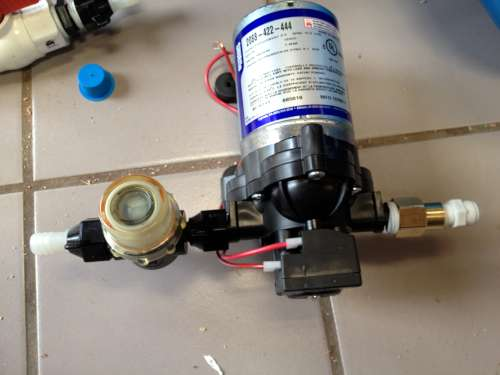 AeroTable pump and filter